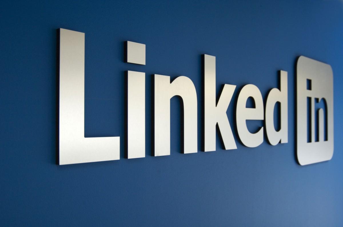 LinkedIn Advertising for Auto Dealerships